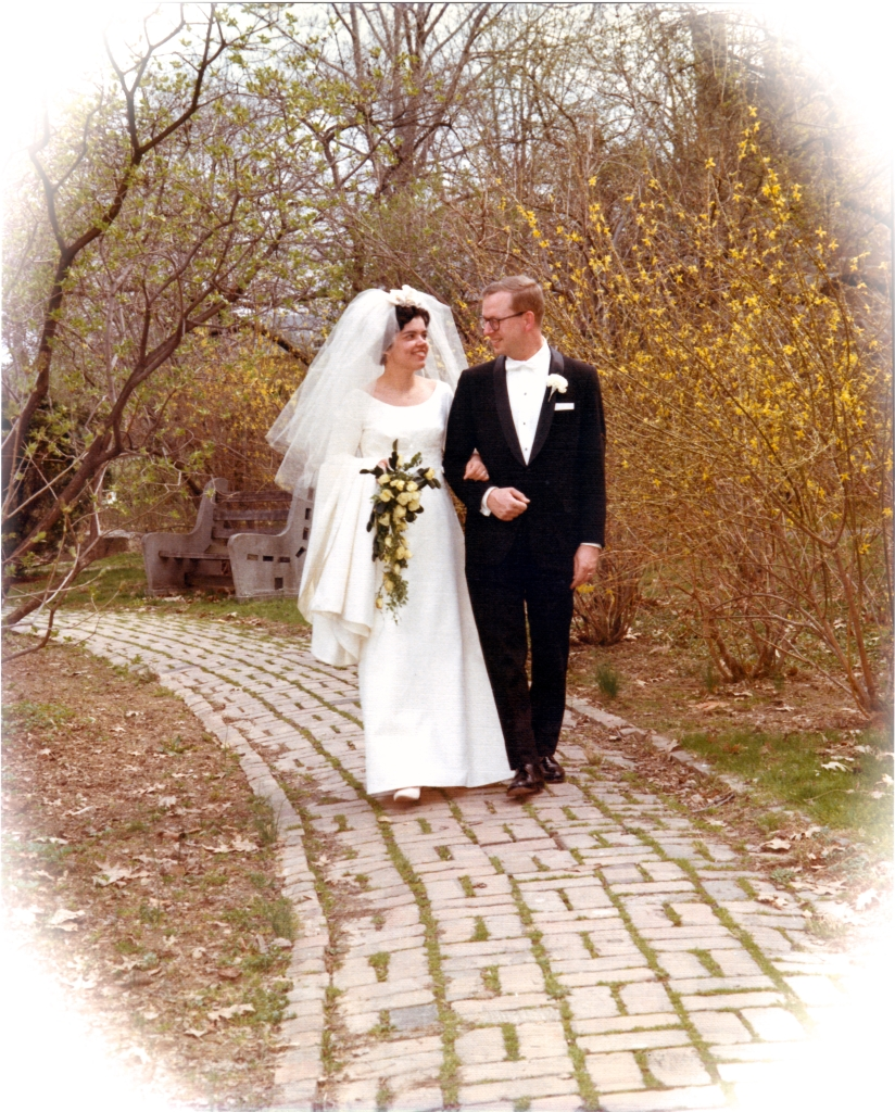 MomDad19670415WeddingWalkRPM